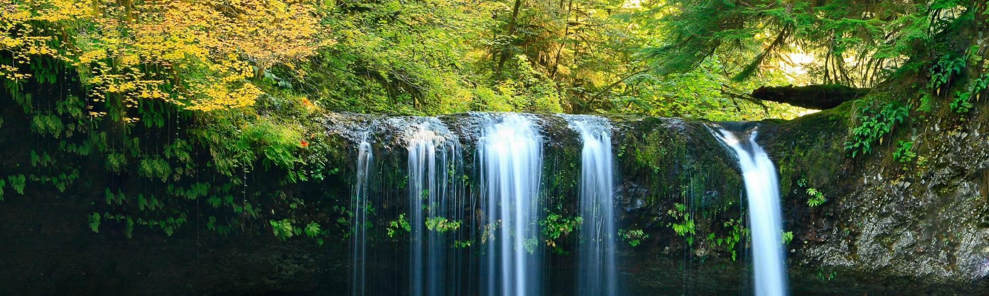 jeffrey-workman-19042-unsplash Wasserfall 1